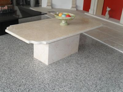 Tables basses de salon en pierre marbre discount belfort for Table basse en marbre