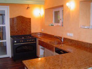 cuisine en marbre rouge de verone poli vasque dans la masse 100 x 18 x 60 dune valeur de 1200 - Marbre Galaxy Cuisine